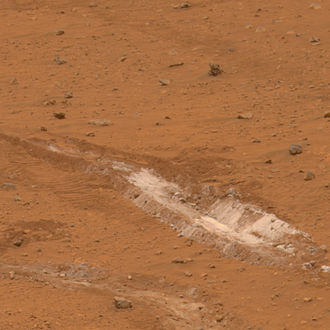 Mars - Exposure of silica-rich dust uncovered by the Spirit rover