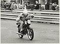 Sprintwedstrijden voor bromfietsen op het circuit, NL-HlmNHA 54005230.JPG