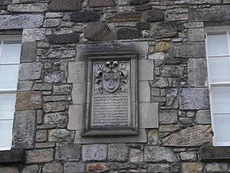Stirling Castle Palace siege plaque.jpg