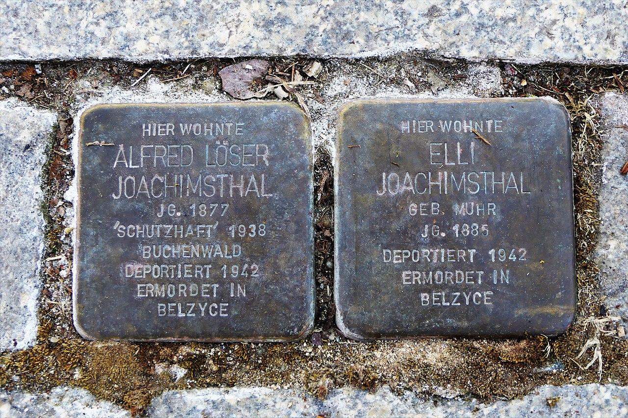 Stolpersteine für Familie Joachimsthal, Heinrich-Beck-Strasse 47, Chemnitz.JPG