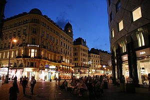 English: Stephansplatz and Graben street in th...