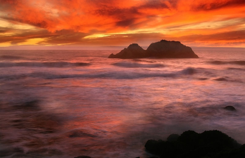 File:Sunset from Sutro Bath in San Francisco.jpg