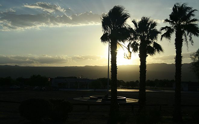 Sunset in Laughlin, NV.jpg