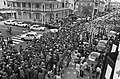 Suriname onafhankelijkheid op 2511 etc grote massas mensen op straat, Bestanddeelnr 928-3016.jpg