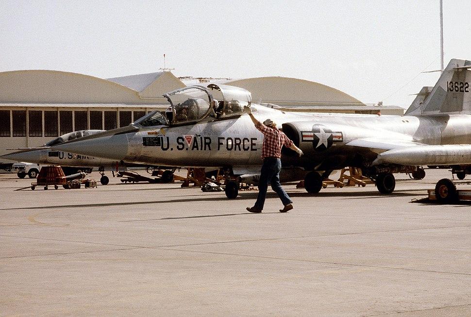 TF-104G LukeAFB Nov1982.jpeg
