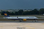 TF-ISR Boeing B757-258 B752 - ICE (28916143103).jpg