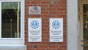 THW Eingang OV und GSt Luebeck.JPG