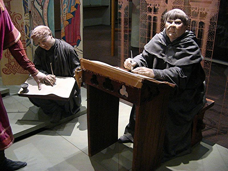 Tapisserie moines mannequins