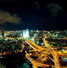 Tel Aviv Skyline (night).jpg
