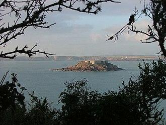 Thorn Island - Image: Thorn Island Framed