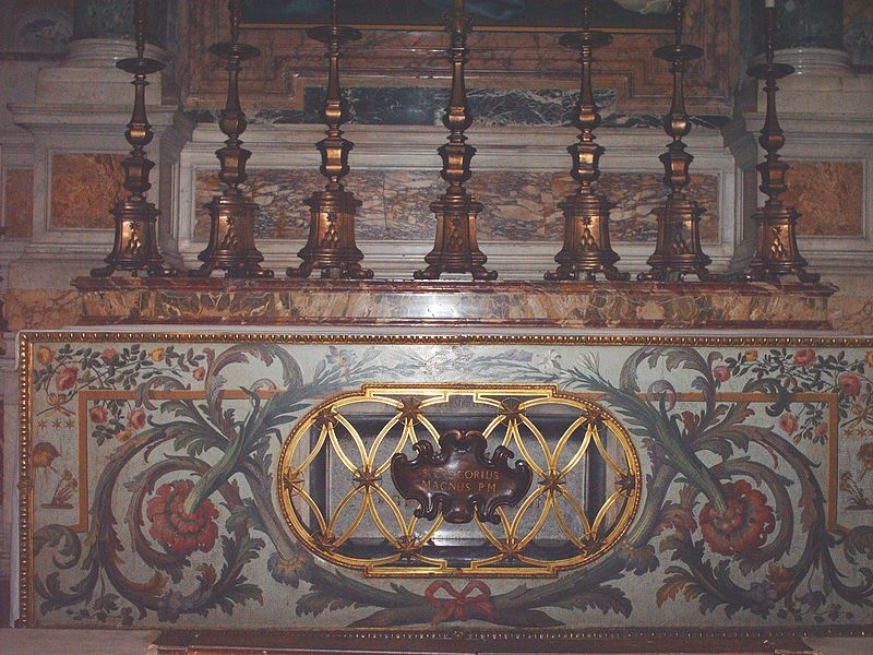 File:Tomb of pope Gregorius I.jpg