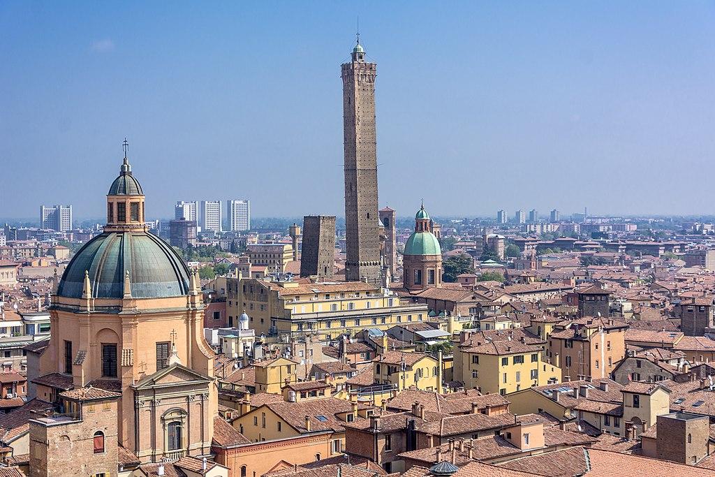 1024px-Torri_di_Bologna%2C_Bologna.jpg