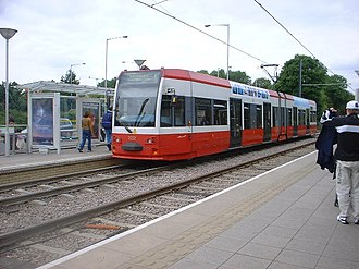 Ampere Way tram stop - A tram at Ampere Way, 2005