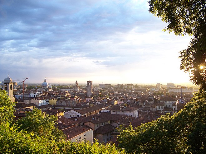 Klenau approached the town of Brescia at night, surprising the garrison, and taking as his prisoners three officials of the French Directory. Photo courtesy of Luca Giarelli. Tramonto su Brescia (Foto Luca Giarelli).jpg