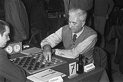 Twee spelers - Nationaal Archief - 925-5764.jpg