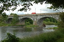 Tweed bridge at Kelso - geograph.org.uk - 1351384.jpg