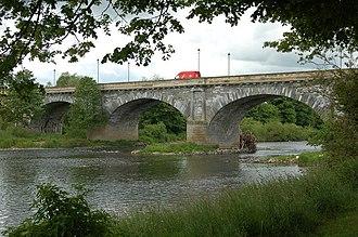 Kelso Bridge - Image: Tweed bridge at Kelso geograph.org.uk 1351384
