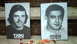 1975 urtean izandako frankismoaren azken exekuzioak gizarte-erreakzio bizia sorrarazi zuten. Irudian, 2011 urtean haien alde eginiko omenaldiaren irudia