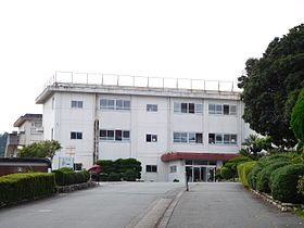 Ujiyamada Commercial High School.jpg