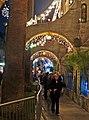 Under the Arches 12-13-15 (15415109044).jpg