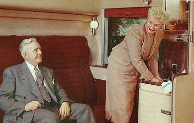 Pullman private compartment, c.1950s. Union Pacific Railroad pullman compartment.JPG