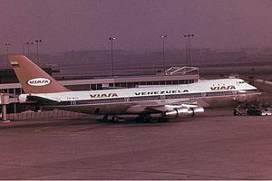 Viasa - Image: VIASA Boeing 747 200 Groves