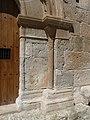 Velilla de Cinca - Ermita de San Valero - Portada - Columnas 13.jpg