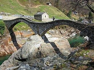 Lavertezzo - Double arch stone bridge at Ponte dei Salti