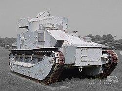 250px-Vickers-Medium_MkII.00036zp3.jpg