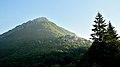 Vico Pancellorum con la sua montagna Balzo Nero.jpg