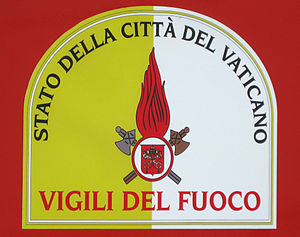 Corps of Firefighters of the Vatican City State - Image: Vigili del fuoco vaticano shield