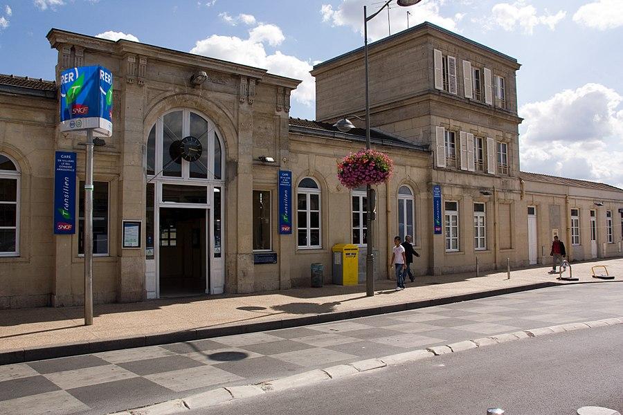 La Gare de Villiers-le-Bel - Gonesse - Arnouville, département du Val-d'Oise, France