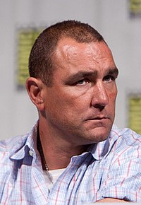 Vinnie Jones ComicCon (cropped2).jpg