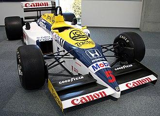 Williams FW11 - Image: Williams FW11 Honda Collection Hall