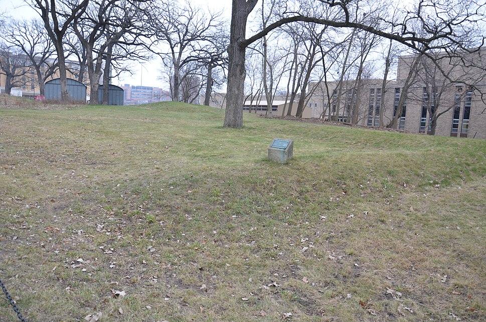 Willow Drive Mounds-DA119