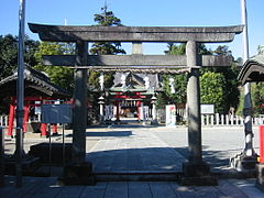 Yakyuu inari shrine.jpg