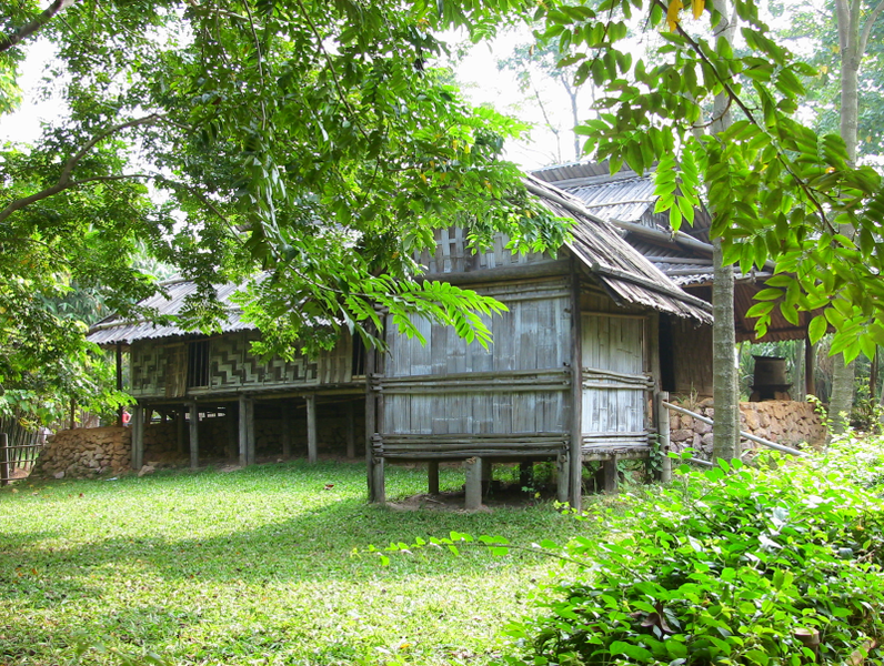 File:Yao stilt house.png
