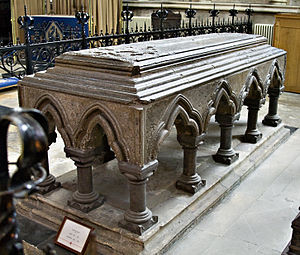 Sewal de Bovil - Tomb of Bovil in York Minster
