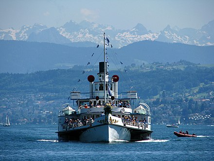 A paddle steamer on Lake Zurich ZSG - Stadt Zurich IMG 3197.JPG