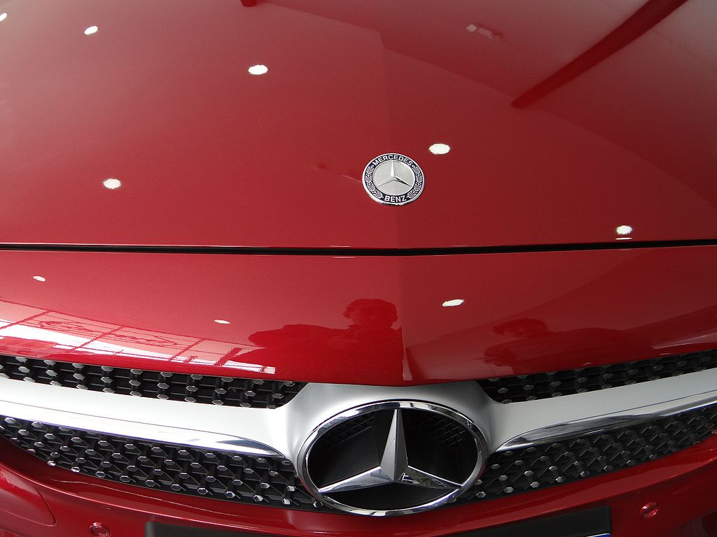 File:(Photography by David Adam Kess) Mercedes-Benz automobiles ...