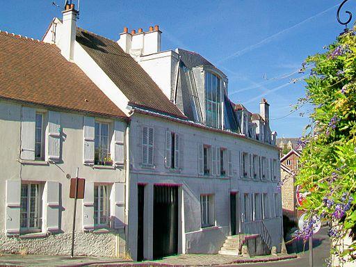 Écouen (95), maison natale de Jean le Vacher, 2 place Jean-le-Vacher