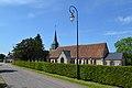 Église Saint-Denis de Norolles. Vue depuis la route.jpg