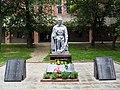 Братська могила радянських воїнів на Пашинах.jpg
