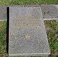Могила 18-ти партизан по-звірячому закатованих німецькими варварами.jpg