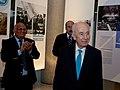 הנשיא שמעון פרס מקבל את פרס הדיפלומטיה הישראלית.jpg