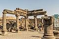 עמודי תמך בית הכנסת העתיק.jpg