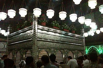 Husayn ibn Ali - Zarih of Husayn's head at Al-Hussein Mosque in Cairo, Egypt