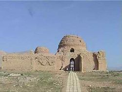 Picture of the Sarvestan Palace