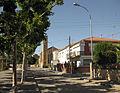 079 Avinguda de Fàtima, al fons l'església del barri.jpg