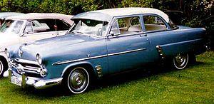 Ford Customline - Image: 1952 Ford 70B Customline Tudor Sedan DAG289
